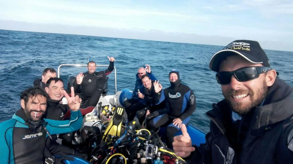 Sardine Run Boat Divers
