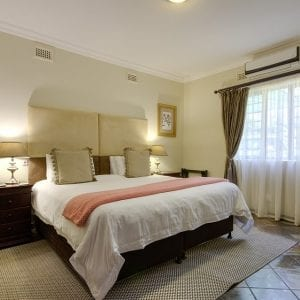 En-suite rooms with aircon